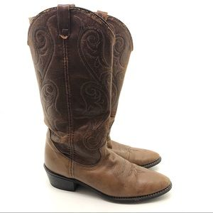 Acme vintage cowboy / cowgirl boots two toned